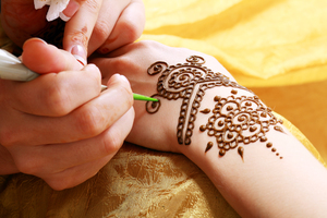Henna Tattoo Miami : Ed white elementary school student aged given henna tattoos in